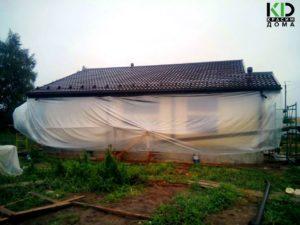 Покраска дома в дождь